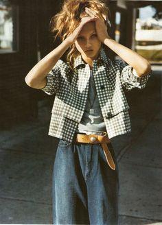 "miuchachacha: "" Mood Indigo: Anna Selezneva shot by Alasdair McLellan for Vogue UK, April 2009 "" Mode Style, Style Me, Street Style Chic, Mode Editorials, Mood Indigo, Mode Jeans, Rocker, Grunge, Jeans Denim"