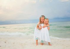 Susi Photography is a custom family and beach photographer from Seaside, Destin, Watercolor, to Ft Walton, Florida - Susi Photography is a family beach photograper in Miramar Beach, near Destin, Florida