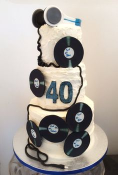 Music - DJ themed cake by Synie's