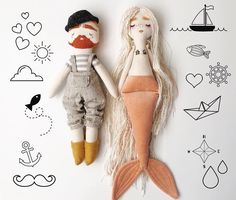 Aucun texte alternatif disponible. Handmade Clothes, Handmade Toys, Plush Dolls, Doll Toys, Granny Gifts, Homemade Dolls, Mermaid Dolls, Fabric Toys, Diy Sewing Projects