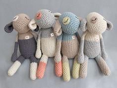 Stuffed animal / Mary's Little Lamb