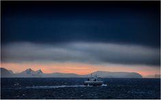 Moskenes Early Leaving by Fotografan  on 500px