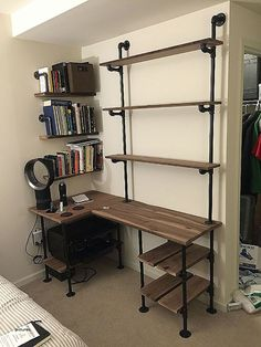 Trendy bedroom desk shelves industrial pipe Id Wall Shelving Systems, Wall Units, Pipe Decor, Regal Design, Bedroom Desk, Diy Bedroom, Trendy Bedroom, Bedroom Boys, Boy Rooms