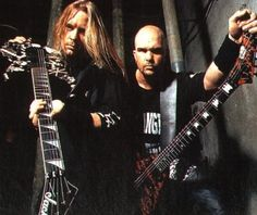 Jeff Hanneman & Kerry King (Slayer). Started listening to these guys shortly after learning the early Metallica albums. The fast, menacing riffs were awesome. RIP Hanneman. Nu Metal, Heavy Metal, Kerry King Slayer, Metallica Albums, Jeff Hanneman, Hardcore Music, Dimebag Darrell, Best Guitarist, Gothic Rock