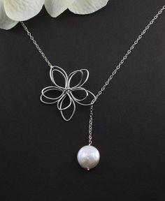 Love the simplicity of this necklace