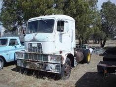 H67 Mack Truck