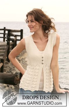 "Knitted DROPS sleeveless top in garter st and lace pattern in ""Alpaca"". Size S-XXXL."