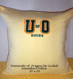 U of O Sweatshirt to Pillow, Up-cycled University of Oregon Sweatshirt, Ducks, 20 x 20 Pillow, One of a Kind