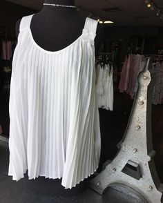 White always looks good Come shop with us today it's beautiful outside! Happy Good Friday everyone!