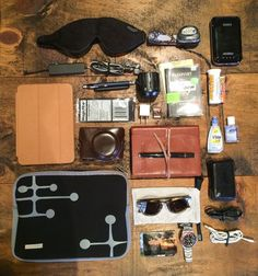 What's in my bag: good tips for how to fly comfortably