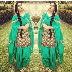 Pinterest : #punjabi #salwar #suit #indian #fashion #traditional #salwarkameez #pinterest