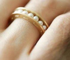 Lia di Gregorio, Balls, 18-karat yellow gold, pearls