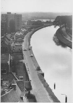 Het Rijn-Schiekanaal, foto waarschijnlijk genomen vanaf de watertoren Leiden, Holland, Country Roads, History, City, Pictures, Nostalgia, The Nederlands, Historia