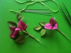 Sugar Paste Flowers, Wafer Paper Flowers, Fondant Flowers, Fabric Flowers, Leather Flowers, Faux Flowers, Bolo Fondant, Lovely Tutorials, Cake Topper Tutorial