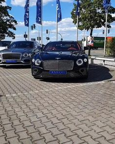 Luxury Cars For Sale, Luxury Car Rental, Top Luxury Cars, Luxury Suv, Flying Spur, Bentley Car, Mercedes Maybach, Bentley Continental Gt, Suv Cars