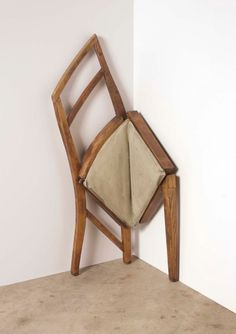 This must be how our furniture at home (or hotel) feels lmao ---. This is some shit I would have in my house. It looks so scared! in 2020 Contemporary Sculpture, Contemporary Art, Art Furniture, Furniture Design, Bokashi, Conceptual Design, Arte Popular, Take A Seat, Home And Deco