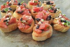 Bruschetta is an easy and delicious appetizer or snack. It goes perfectly with a chilled glass of dry white wine or raspberry Prosecco. Bruschetta, Pitted Olives, Dry White Wine, White Bread, Fresh Basil, Home Recipes, Yummy Appetizers, Prosecco, Raspberries