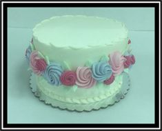 White Buttercream, Buttercream Filling, Frosting, Marble Cake, Holiday Cakes, Round Cakes, Classic Collection, Rosettes, Birthday Cake