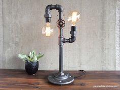 Lámpara de mesa moderna  luz rústica por newwineoldbottles en Etsy