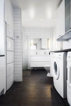 Kodinhoitohuone ja kylpyhuone samassa