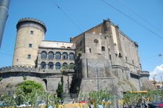 Castel Nuovo - Napoles