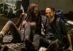 Andrew Lincoln as Rick Grimes, Danai Gurira as Michonne - The Walking Dead _ Season Episode 12 - Photo Credit: Gene Page/AMC Walking Dead Tv Series, The Walking Dead Tv, Walking Dead Season, Rick And Michonne, Rick Grimes, Judith Grimes, Big Little Lies, Shailene Woodley, Reese Witherspoon