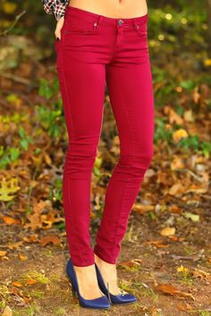 Take your Fall style out of the style book of Serena Van Der Woodsen in these bright woven stretch denim skinny jeggings. Colored skinnies are in, and we love them paired with some of this season's cutest print tops. Play it casual-cool with a funky pair of sneakers, or dress it up with some platform heels. No matter what your look, these jeans will keep your style on-trend. Jeggings feature 5-pocket styling, zipper/button fly. 65% Cotton, 32% Polyester, 3% Spandex. Machine wash cold…