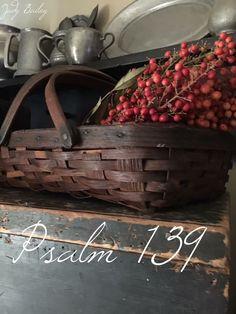 My favorite Psalm Old Baskets, Vintage Baskets, Primitive Autumn, Primitive Country, Prim Decor, Country Decor, Country Living, Country Homes, Lord Is My Shepherd