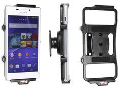 Pasívny držiak do auta pre Sony Xperia M2 pre pevnú montáž na palubnú dosku alebo systémom ProClip. Držiak možete nastaviť do optimálnej polohy, aby sa na displeji neodrážalo svetlo. Možnosť umiestnenia v horizontálnej alebo vertikálnej polohe. Napájanie telefónu je možné pomocou príslušného autoadaptéra.