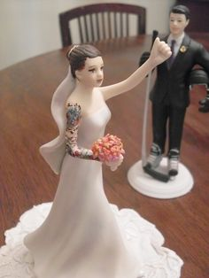 Make a traditional cake topper truly your own