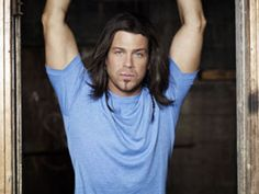 http://www.cmt.com/news/1669981/offstage-christian-kane-from-oklahoma-to-los-angeles-to-nashville/  CMT 8-30-2011 article abt Christian Kane