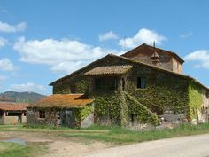 ... - Real Estate, Houses, Villas for sale in Umbria and Tuscany, Italy