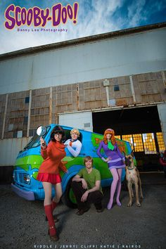 Scooby-Doo - Shaggy, Velma, Fred, Daphne and Scooby