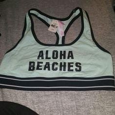 Pink victoria secret sport bra Never worn sport bra.. fits small PINK Victoria's Secret Intimates & Sleepwear Bras