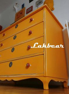 Lakbear has shared 1 photo with you! Dresser, Furniture, Photos, Home Decor, Powder Room, Pictures, Decoration Home, Room Decor, Stained Dresser