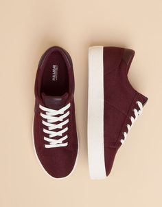 Pull&Bear - woman - new products - college block plimsolls - burgundy - Trendy Shoes, Cute Shoes, Me Too Shoes, Casual Shoes, Heeled Boots, Shoe Boots, Shoes Sandals, Shoes Sneakers, Heels