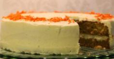 Moikka! Tein ihanan mehevää porkkanakakkua. Olen tehnyt tätä ennenkin ja nyt hieman hioin ohjetta. (Edelliset kakut löytyy täältä )Lisäs...