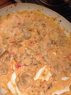 Tomato mushroom sauce (for pasta) – Marmiton cooking recipe: a recipe Healthy Crockpot Recipes, Healthy Dinner Recipes, Vegetarian Recipes, Cooking Recipes, Marinade Sauce, Sauce Crémeuse, Stuffed Mushrooms, Stuffed Peppers, Mushroom Sauce