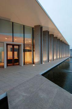 Imagen 1 de 27 de la galería de Oficina Comercial CONAFE / TNG Arquitectos. Fotografía de TNG Arquitectos