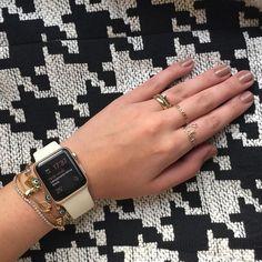 Applewatch Series2 コーデ♡女子におすすめおしゃれなつけ方まとめ | SAKURRY