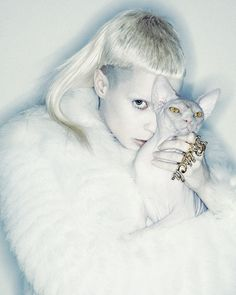 I want to fight Yolandi but I also want to BE her, it is possible we both evolved from the same pokemon