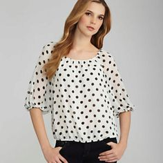 Polka dots!! I'm wearing this right now