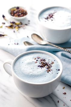 This blue moon milk recipe is perfect for sipping just before bed, with butterfly pea flowers for color and natural sleep-promoting spices for ultimate relaxation. This warm and soothing moon milk is a delicious natural remedy for sleep. Yummy Drinks, Healthy Drinks, Healthy Recipes, Healthy Food, Healthy Weight, Moon Milk Recipe, Green Milk Tea Recipe, Yummy Eats, Yummy Food
