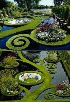 Beautiful pictures of a stunning garden - Wonderful Backyard Ideas 2019 Topiary Garden, Garden Art, Garden Design, Garden King, Amazing Gardens, Beautiful Gardens, Landscape Architecture, Landscape Design, Parks