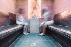 Ein Saunabesuch stärkt die Abwehrkräfte, bringt den Kreislauf in Schwung, entschlackt. Und: er tut der Seele wohl.
