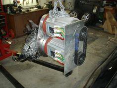 Resultado de imagem para Electric motor for cars Electric Car Engine, Diy Electric Car, Electric Motor For Car, Electric Car Conversion, Electric Power, Electric Vehicle, Electric Transportation, E Motor, E Mobility