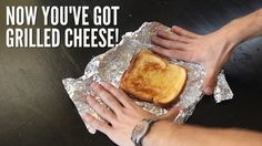 Essential Dorm Room Survival Hacks: Creative solutions that surpass dorm life. I mainly watched this for the grilled cheese tutorial. College Life Hacks, College Meals, Dorm Life, College Dorm Rooms, College Tips, College Success, Uni Life, College Survival, Survival Tips