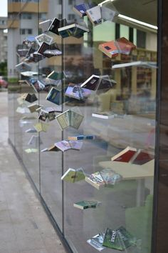 Cool & unusual book display for coffee shop readers