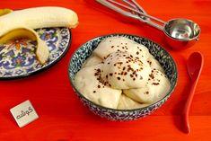 بستنی موزی خانگی: موز حلقهحلقهشده یخزده را در مخلوطکن هم بزنید، بستنی یا دسر موزی و خنک شما آماده است