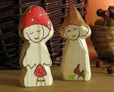 Waldorf natural toy wooden carved Toadstool
